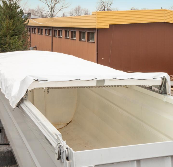 <p>Dach składany automatycznie</p>