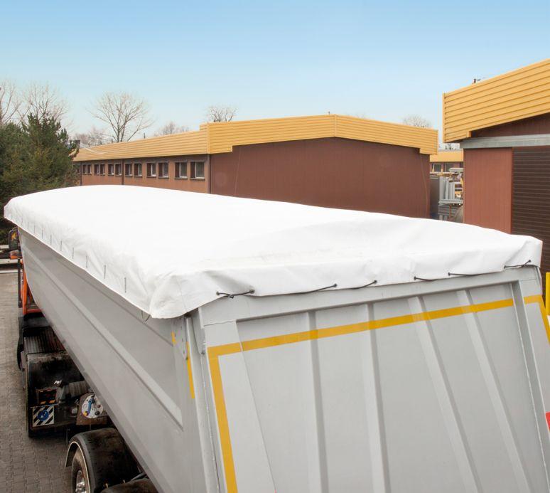 <p>Zasunięty dach</p>