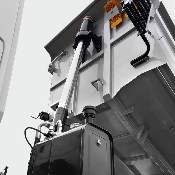<p>Układy hydrauliczne dostarczane przez czołowych producentów w wersji short-cover dla ściany pochyłej i w wersji ze stabilizacją dla ściany prostej.</p>