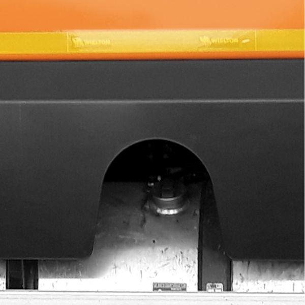 <p>Metalowe osłony zbiorników, chronią elementy przed uszkodzeniami.</p>